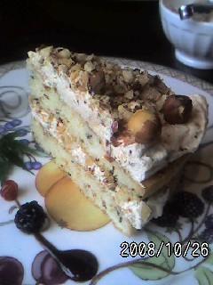 カフェドモエのナッツのスポンジケーキの画像
